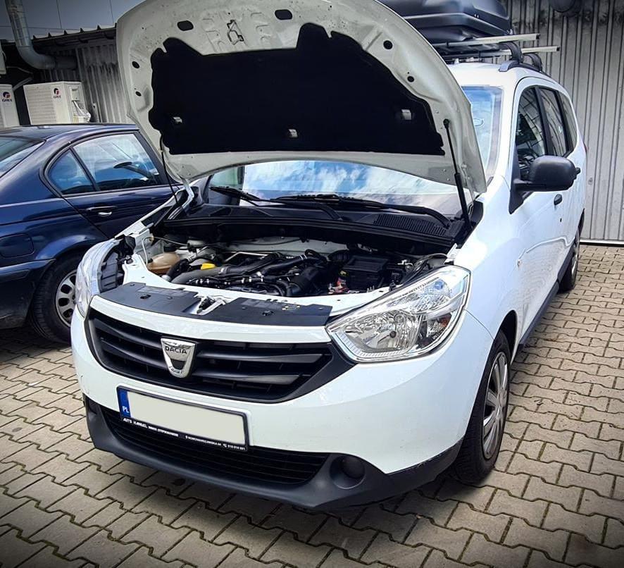 Jakim usterkom może ulec samochodowa instalacja gazowa i jak wygląda naprawa?